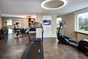 The fitness center and/or fitness facilities at Hotel Welcome Inn