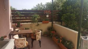 A balcony or terrace at Ierapetra Garden House