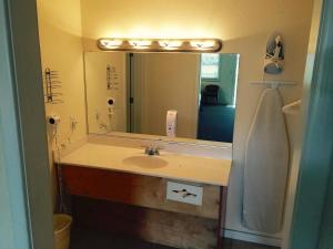 A bathroom at Sea Gull