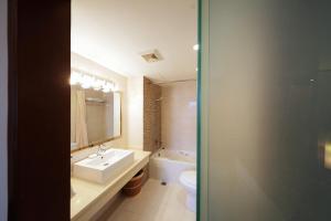 حمام في فندق Seventh Heaven