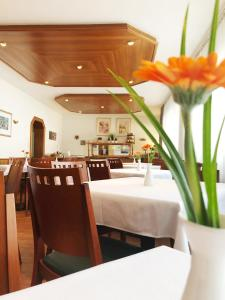 A restaurant or other place to eat at Hotel Wegener