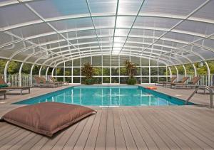 The swimming pool at or close to Quintinha Sao Joao Hotel & Spa