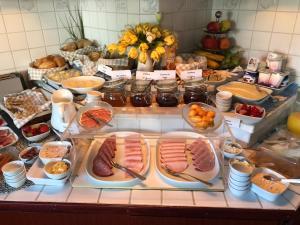 Frühstücksoptionen für Gäste der Unterkunft Hotel Hanseatic