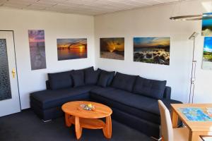 Ein Sitzbereich in der Unterkunft Urlaub-Fehmarn-Südstrand