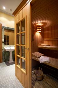 Spa and/or other wellness facilities at Hotel Juanito