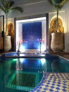 Bazén v ubytování Riad Markaal nebo v jeho okolí