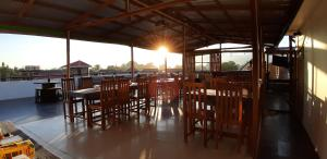 A restaurant or other place to eat at Song of Travel Hostel