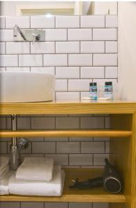 A bathroom at Spot Apartments Ceuta