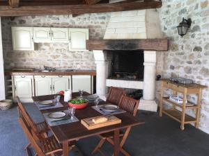 BBQ facilities available to guests at the bed & breakfast