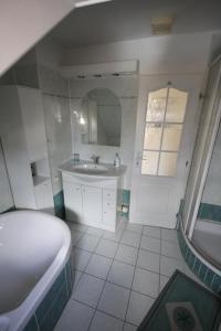Koupelna v ubytování Penzion Eva Krnov