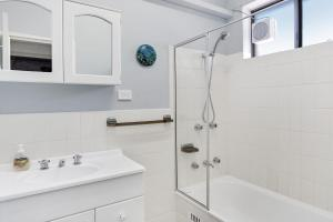 A bathroom at Penthouse with Waterviews