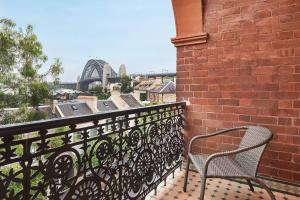 A balcony or terrace at STUNNING SYDNEY HOME 1