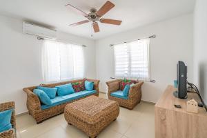 Uma área de estar em Marazul Dive Resort