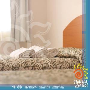 Cama o camas de una habitación en Guaymas Inn