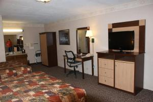 A television and/or entertainment center at Wetherill Inn