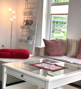 Ein Sitzbereich in der Unterkunft Holiday Rügen Putbus