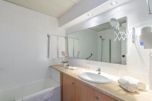 Een badkamer bij Luna Olympus