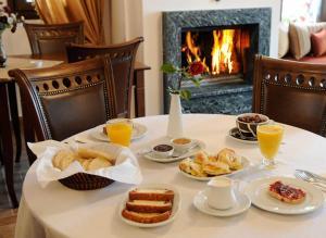 Επιλογές πρωινού για τους επισκέπτες του Ξενώνας Κωνσταντίνος Μπάκαρης