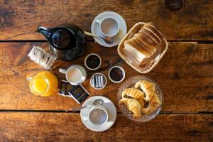 Opciones de desayuno para los huéspedes de Colina Del Manzano