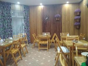 Ресторан / где поесть в Гостевой дом Сказка