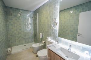 Uma casa de banho em Hotel Teresinha