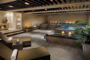 The swimming pool at or close to Asiana Hotel Dubai