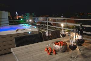 A view of the pool at Apartments Villa Kovac or nearby