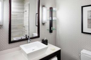 A bathroom at Cambria Hotel White Plains - Downtown