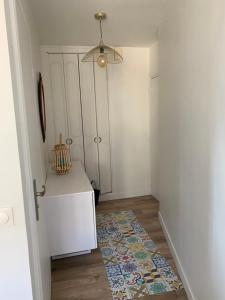 A bathroom at Appartement au cœur de Deauville