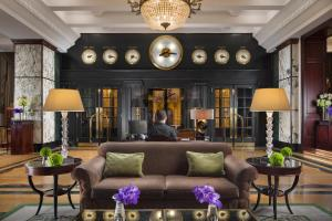 The lobby or reception area at Esplanade Zagreb Hotel