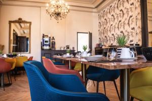 Restaurant ou autre lieu de restauration dans l'établissement La villa 10