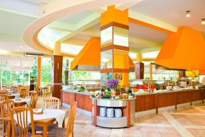 A restaurant or other place to eat at Vita Park Hotel & Aqua Park