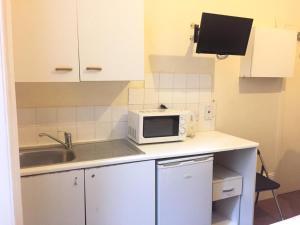 Küche/Küchenzeile in der Unterkunft Anwar House