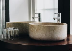 A bathroom at Llys Meddyg