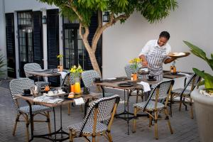 A restaurant or other place to eat at Cape Cadogan Boutique Hotel