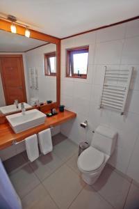 Un baño de Hotel Puelche
