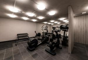 The fitness center and/or fitness facilities at Hotel Maya Caprice