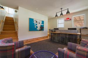 The lobby or reception area at Lone Star Court, by Valencia Hotel Group