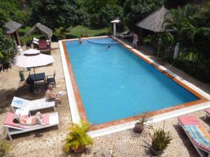 A view of the pool at Kep Malibu Bungalows or nearby