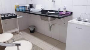 A bathroom at Quarto no Eldorad
