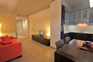 A seating area at Lagaya Apartaments & Spa