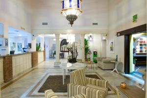 The lobby or reception area at Ona Alanda Club Marbella