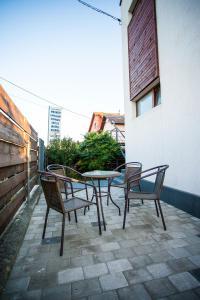 A balcony or terrace at Pensiunea Sada