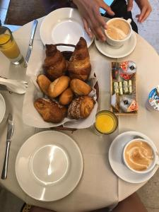 Breakfast options available to guests at Ca' D'Andrean