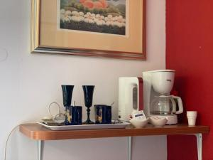 Coffee and tea-making facilities at Guest House Amalija