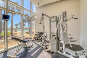 The fitness centre and/or fitness facilities at Sterling Beach II