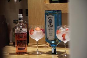 Drinks at Alcester Inn