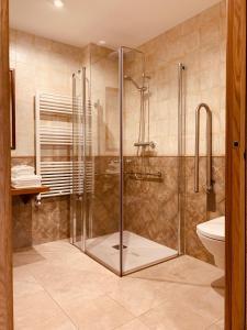A bathroom at Casa Lixa Hotel Rural Albergue