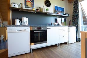 Küche/Küchenzeile in der Unterkunft Ferienwohnung Hönig