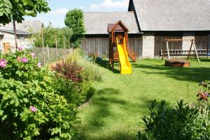 Zona de joacă pentru copii de la Guest House Boba